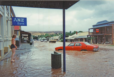 flash floods resulting in water overflowing the banks and flooding Burra's Commercial Street in January 1995